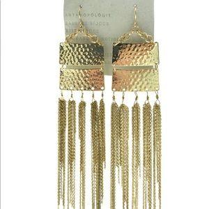 BNWT Anthropologie gold tone drop earrings